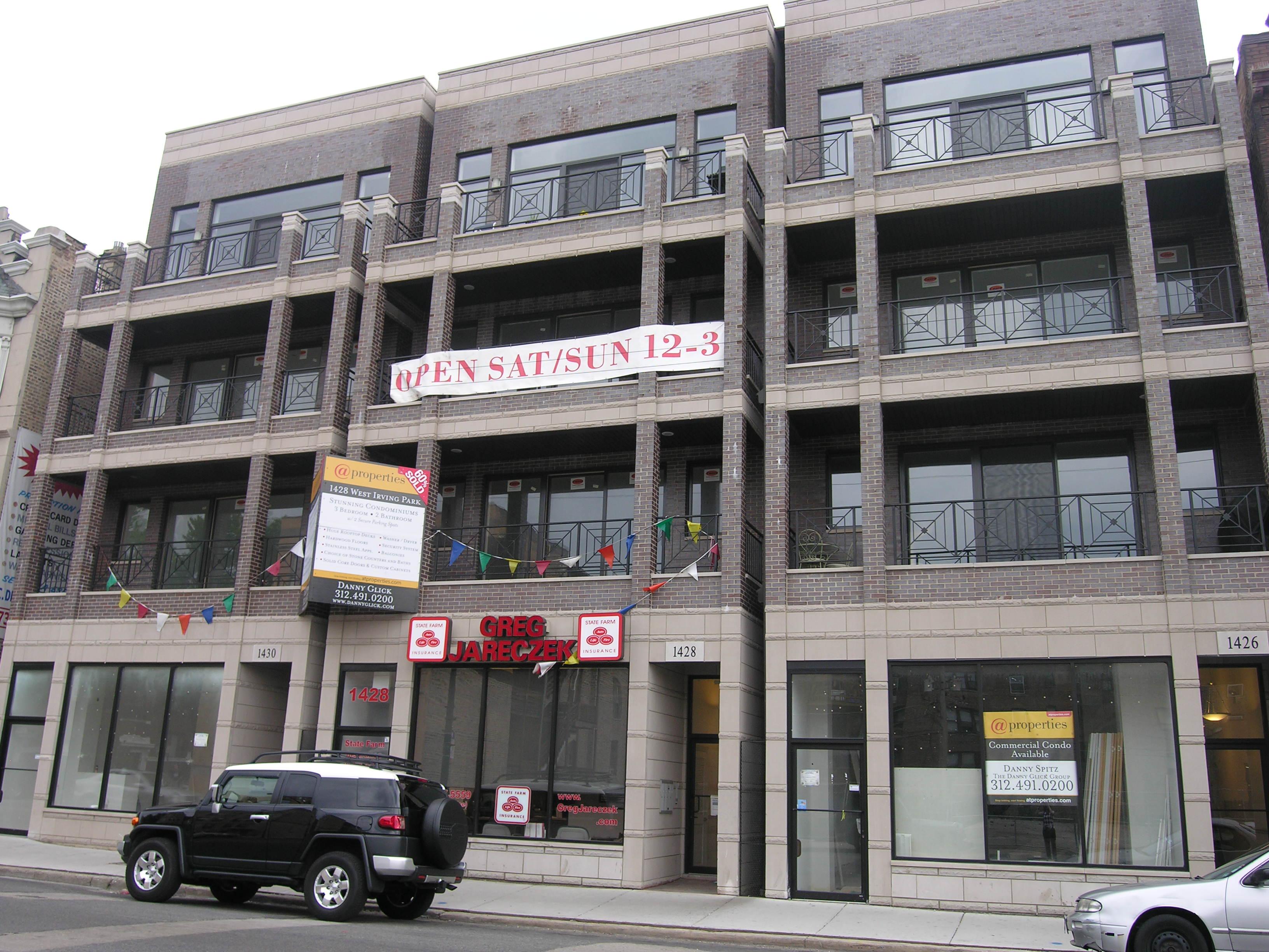 Price reduction on 1426 Irving Park's last condo