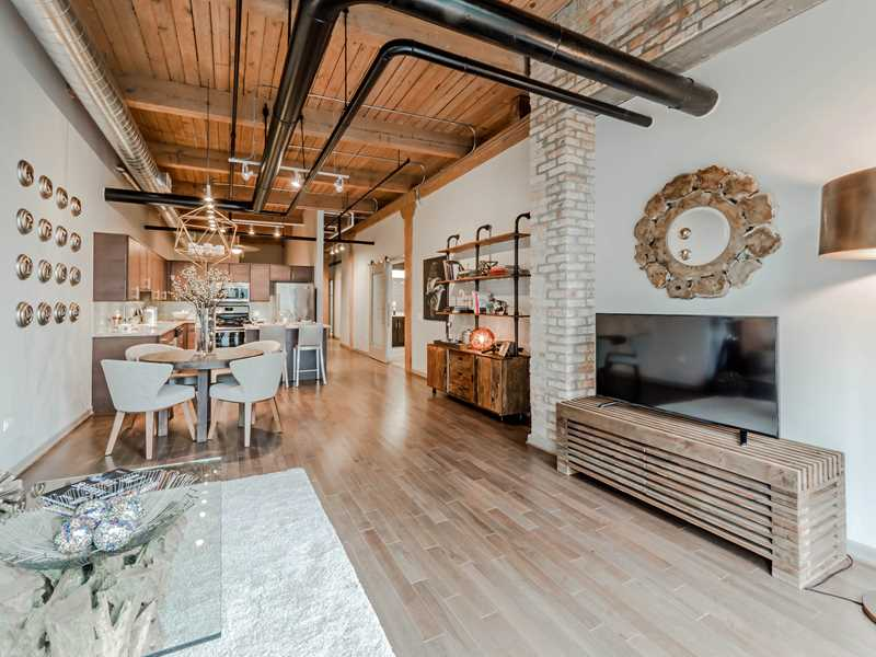 The Lofts at River East is renting up rapidly in Streeterville