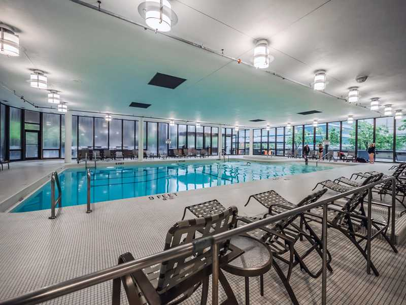 Heart-of-Streeterville apartments with club-quality fitness facilities