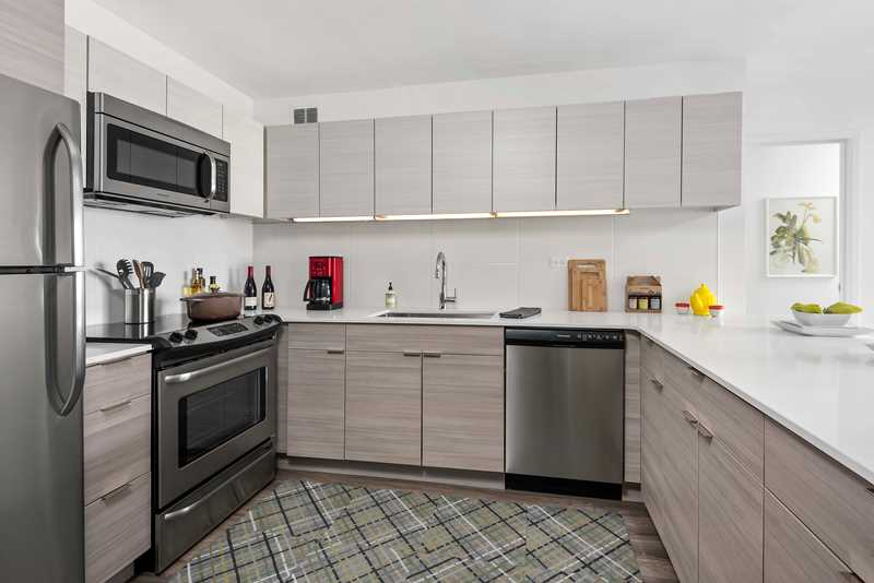 Designer kitchens at 420 East Ohio, steps from the beach in Streeterville