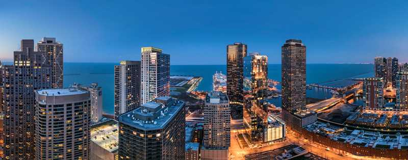 New Streeterville apartment tower boasts a rooftop pool