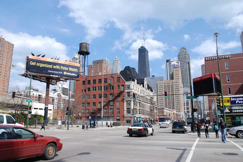 Chicago Ave streetscape, Chicago, IL
