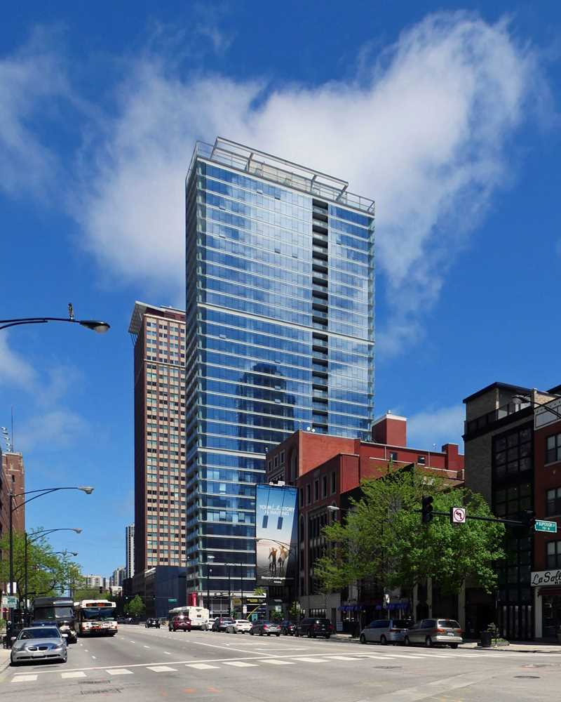Eight O Five, 805 N LaSalle St, River North