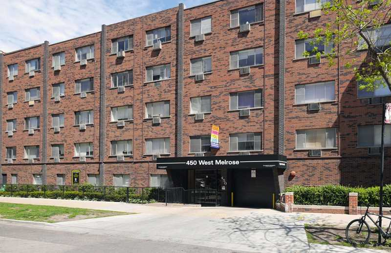 450 West Melrose apartments, Lakeview East