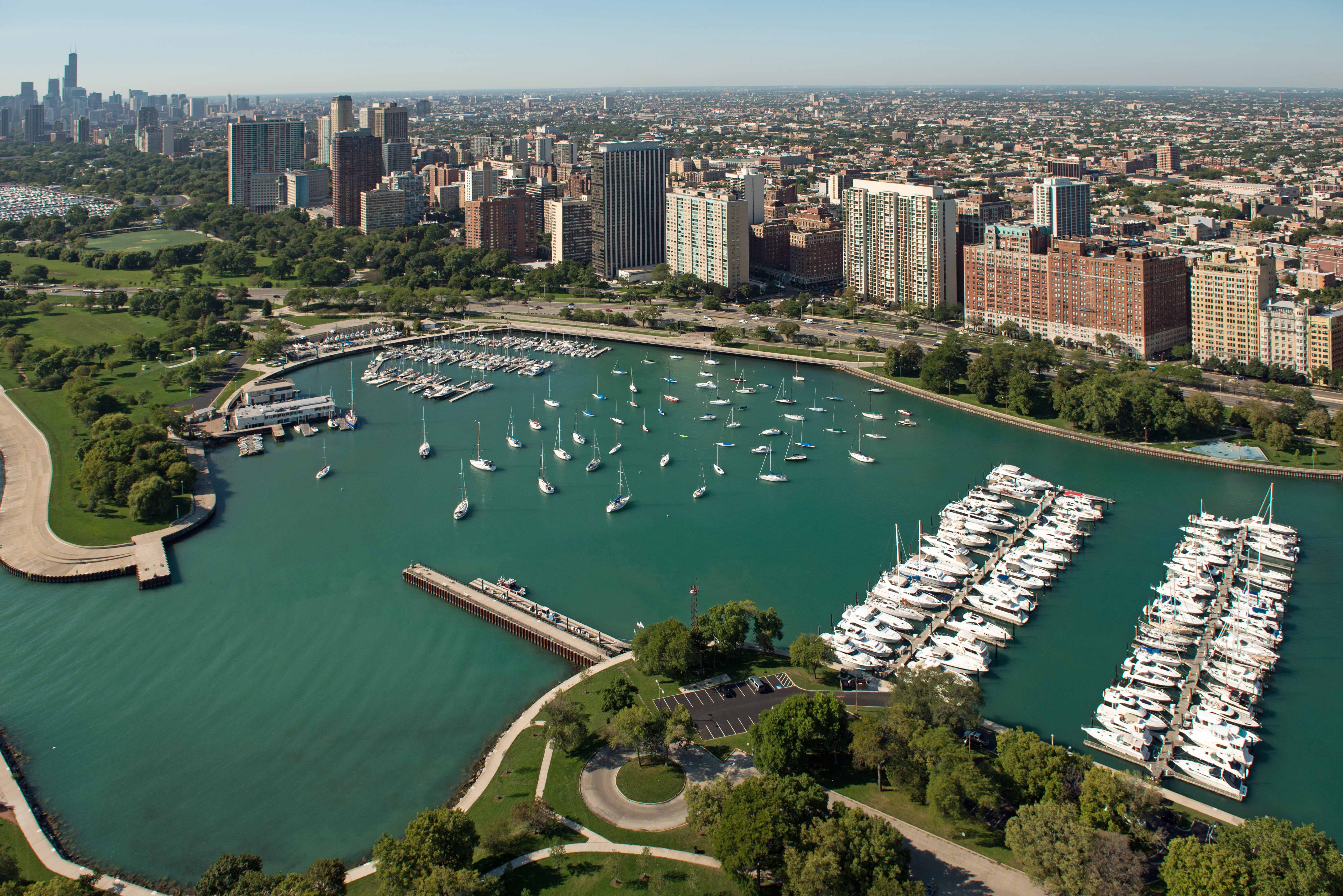 Lake View Apartments In Chicago