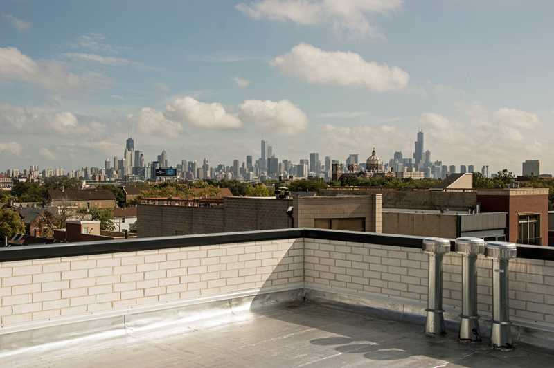 The skyline view from a Bucktown roof deck