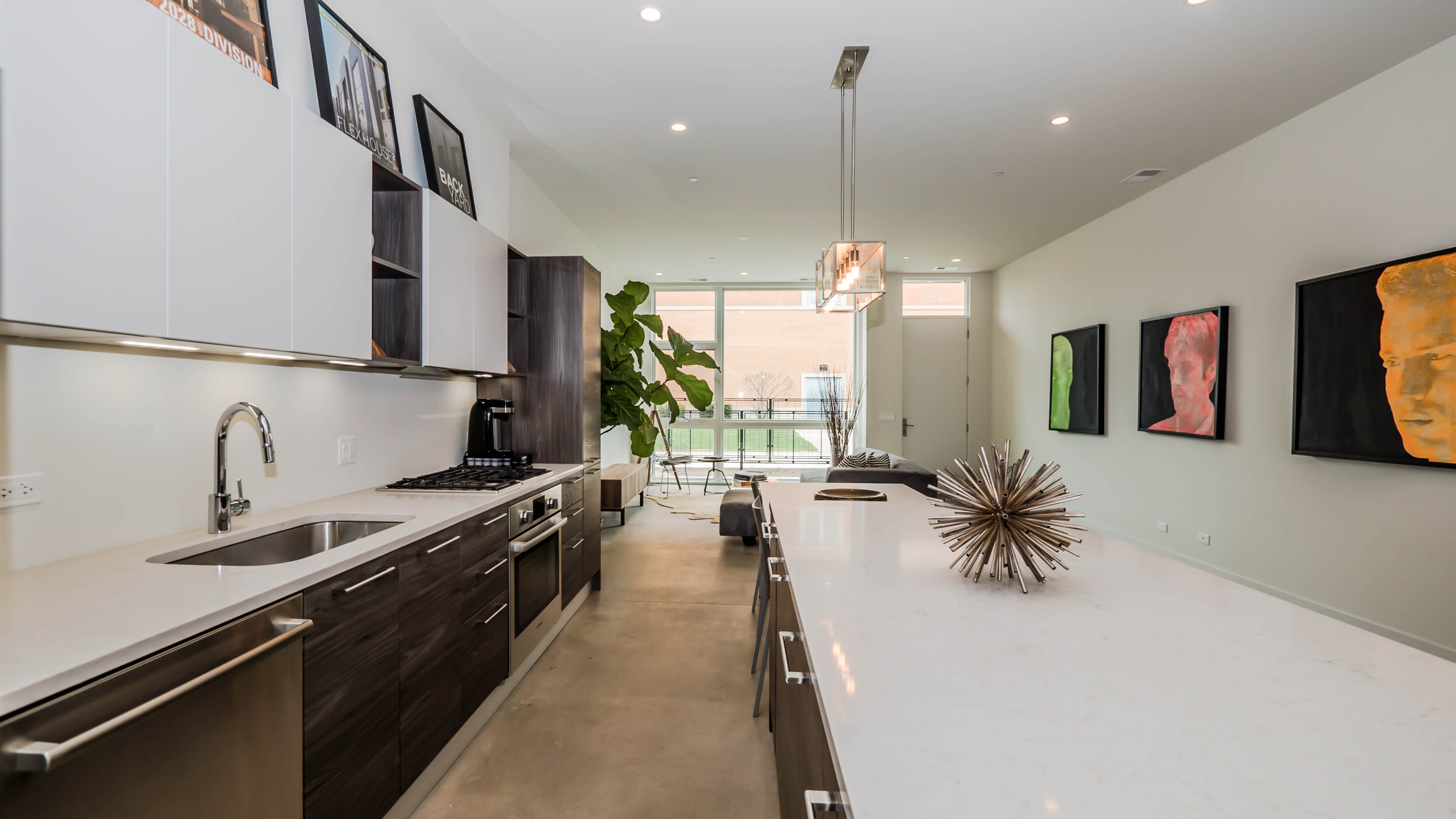 New contemporary homes in Old Irving Park from $479K – Yohicago - ^