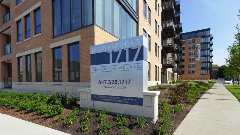 Evanston apartment review, 1717, 1717 Ridge Ave