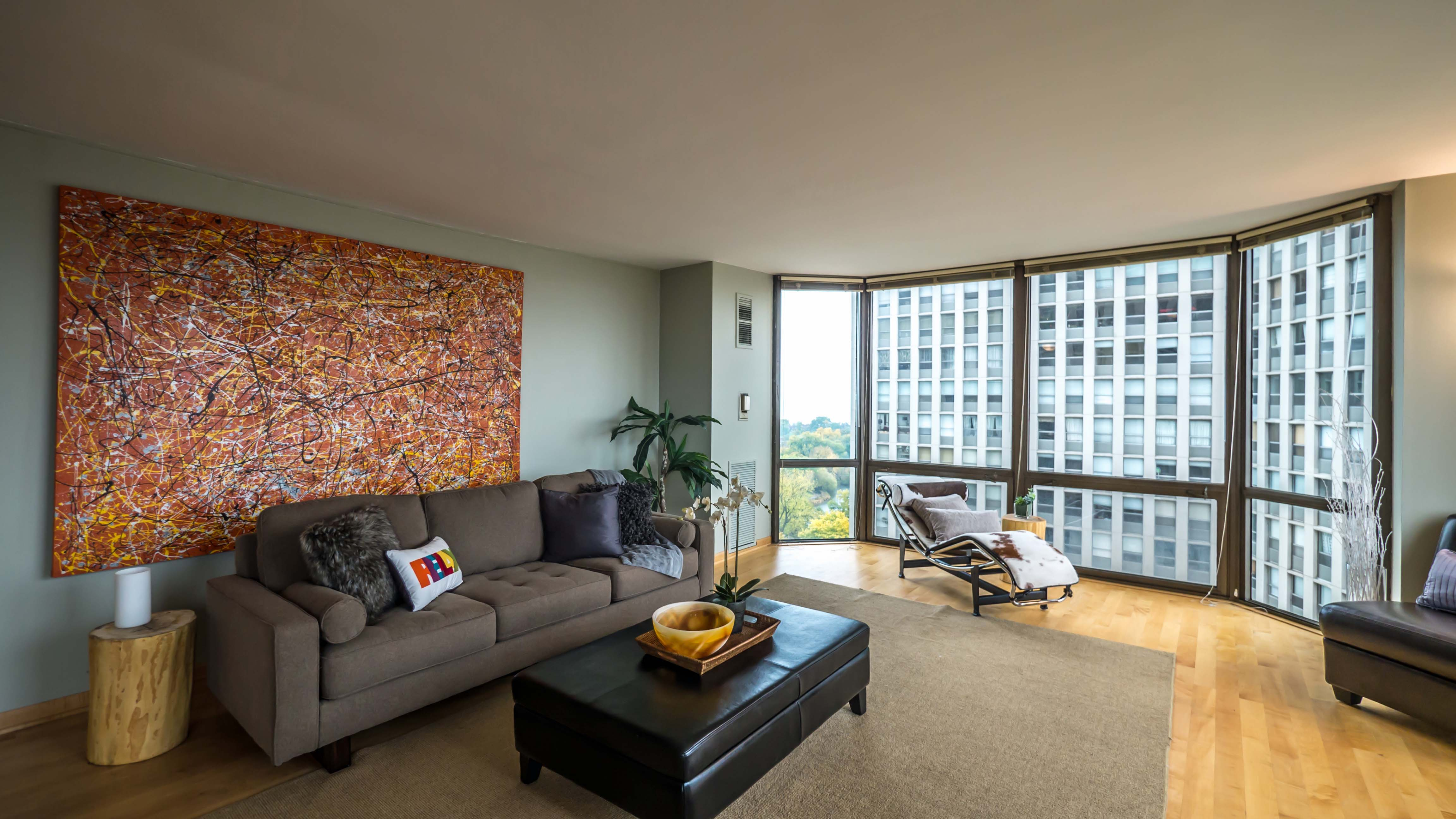 Condominium Review 2650 Lakeview Lincoln Park YoChicago