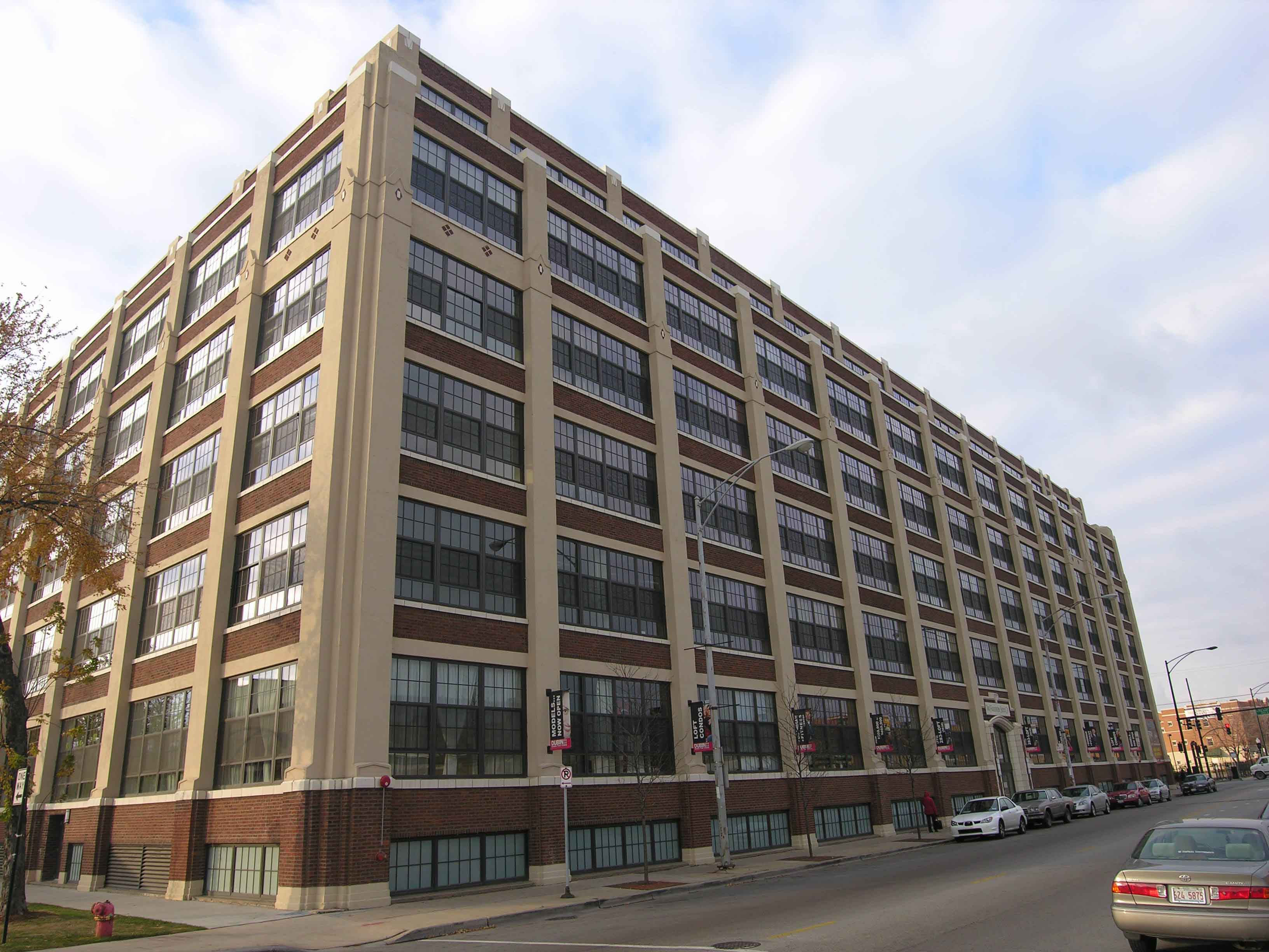 Shoemaker Lofts, 3963 W Belmont Ave, Chicago