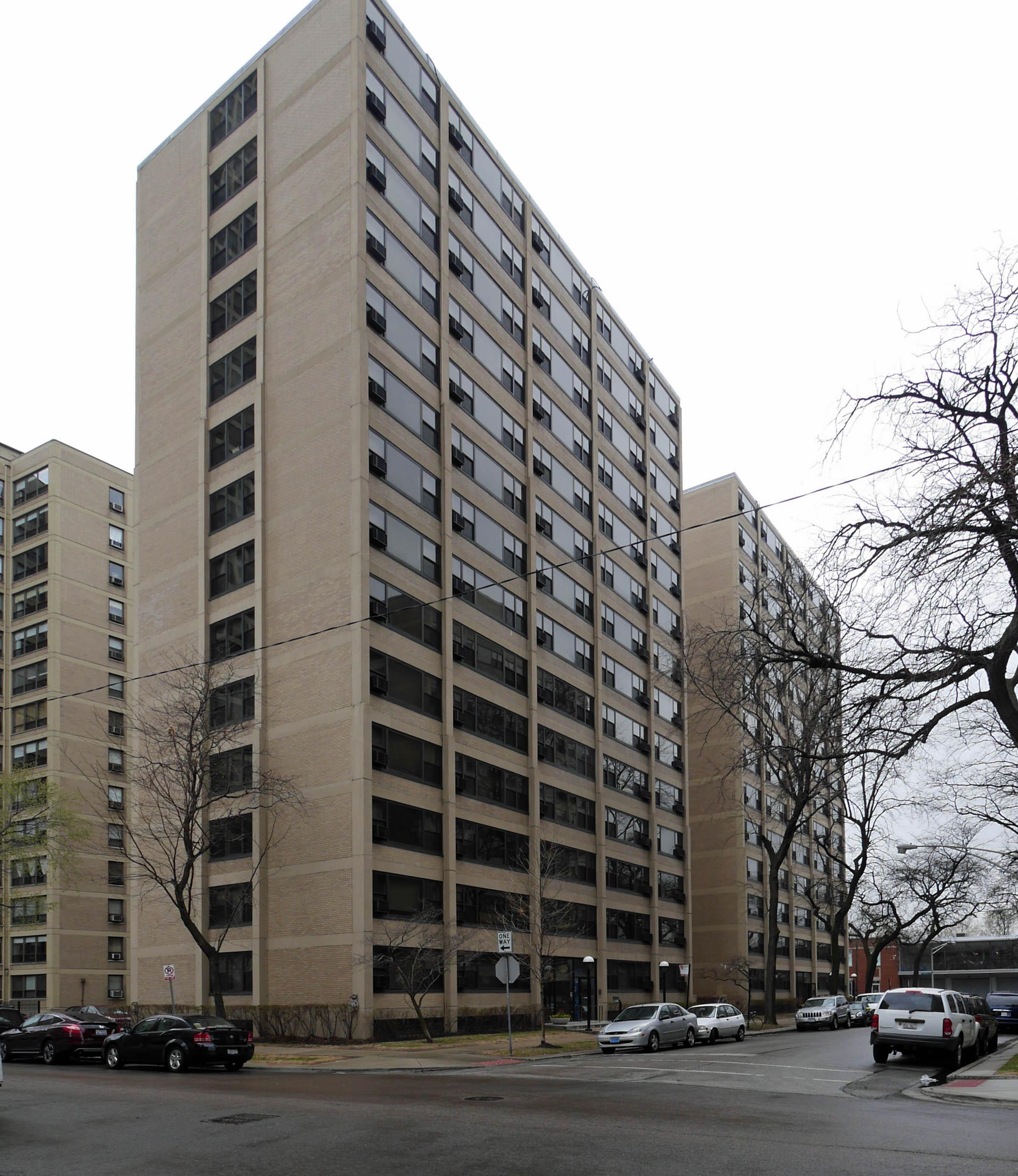Algonquin Apartments, 1606 E Hyde Park Blvd, Hyde Park / Kenwood