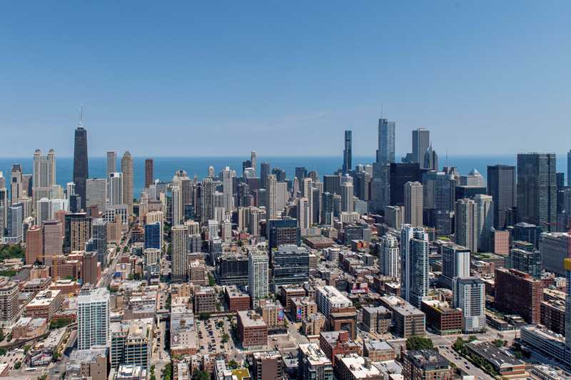 Video tours of 1,000s of River North apartments