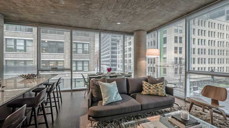 Sleek West Loop two-bedrooms at JeffJack