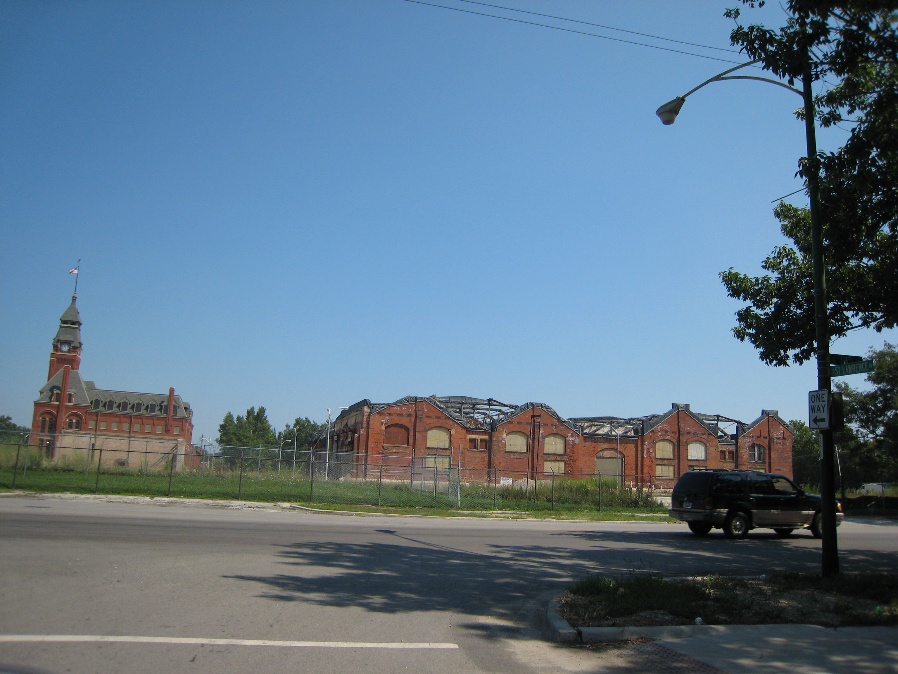 Factory and Administration building, Pullman