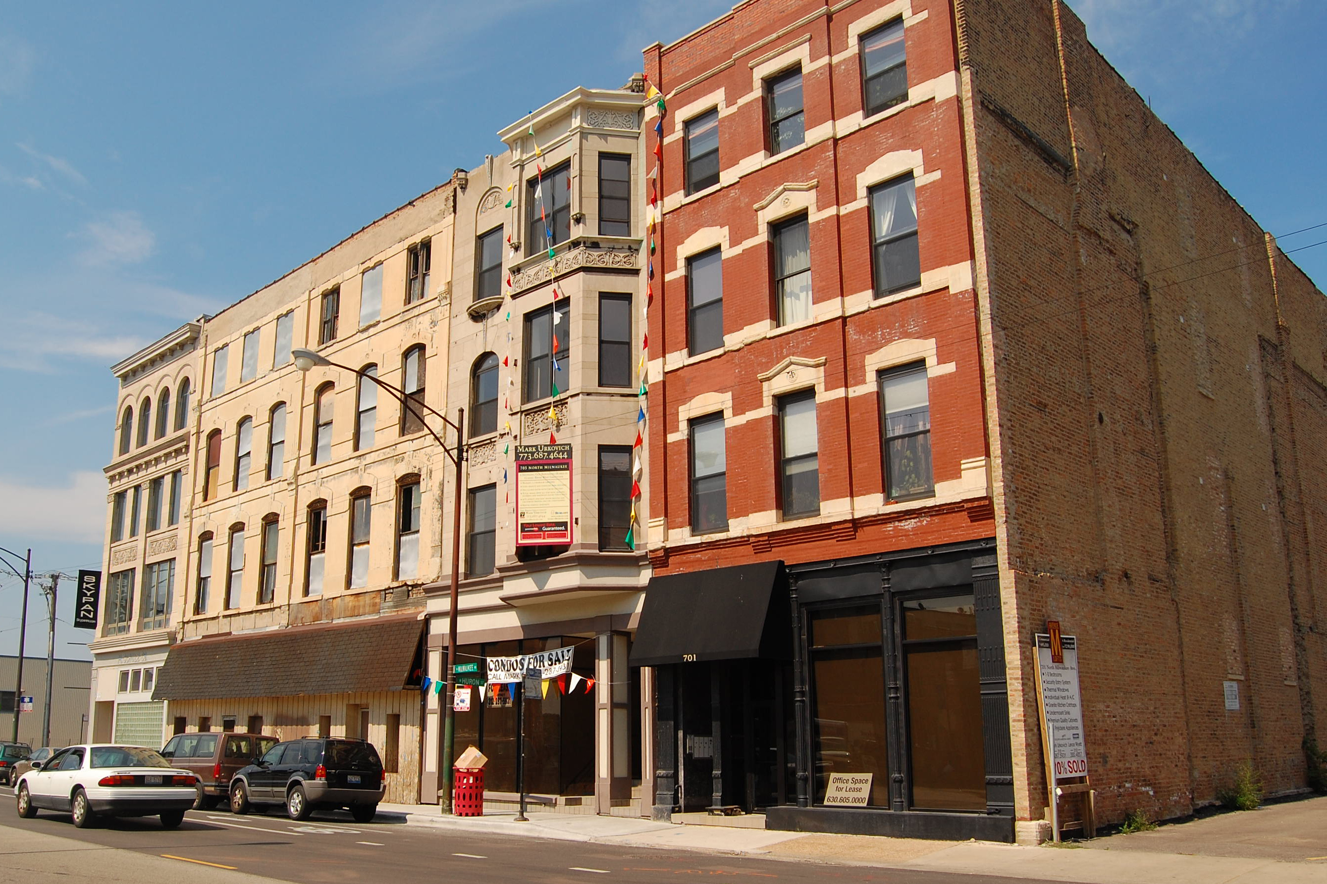 705 Milwaukee: River West's only conversion?