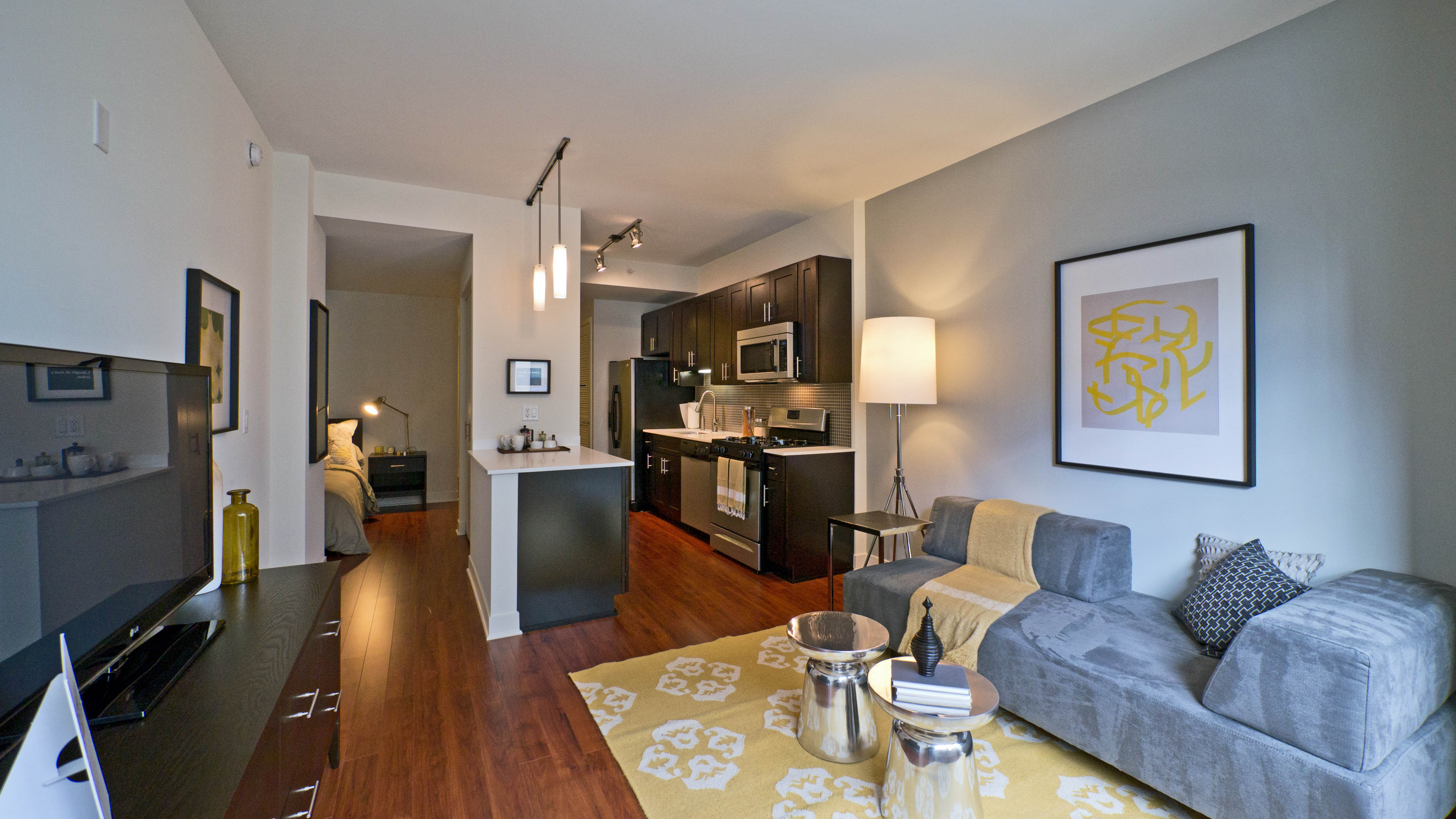 Old Town Near North Side Apartment Reviews Yochicago