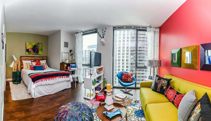 Tour a new Gold Coast / River North alcove studio apartment