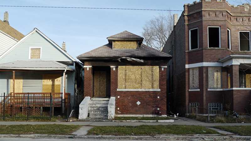 Feds indict a few South Side mortgage fraudsters