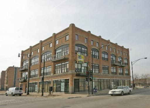 Five lofts available at 6300 South Woodlawn