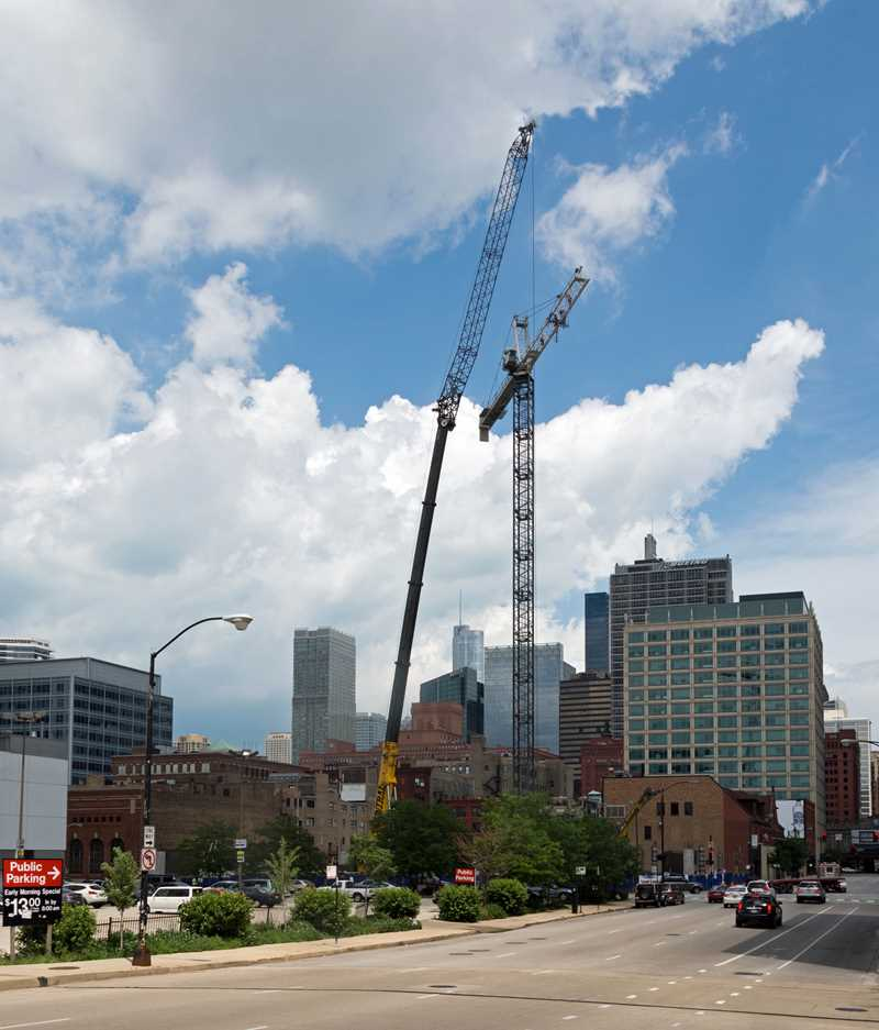 Iron workers put on a show at Catalyst