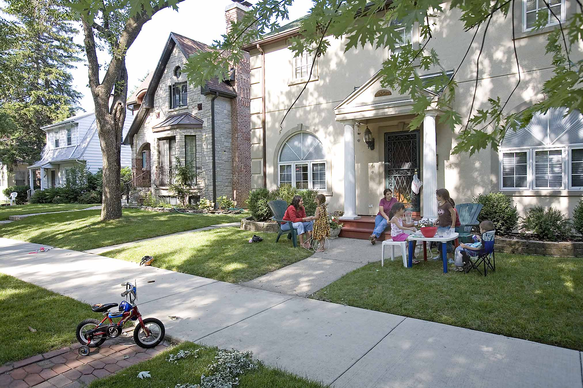 It's a perfect day for lemonade on the 5800 block of North Kostner Avenue, among the wide lawns and spacious homes of Sauganash.
