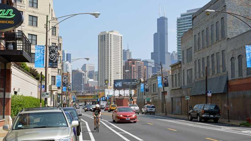 Milwaukee Ave, Chicago
