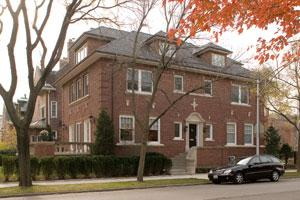 $650,000 off a Kenwood District mansion