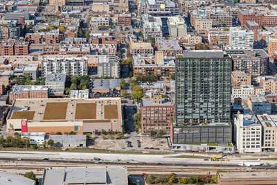 West Loop apartments with great amenities steps from the UIC campus