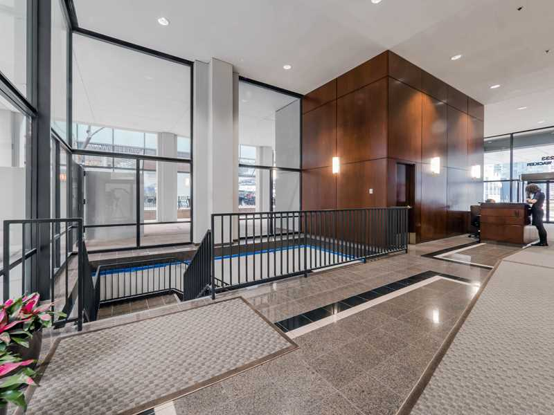 Columbus Plaza apartments have a beat-the-cold Pedway connection