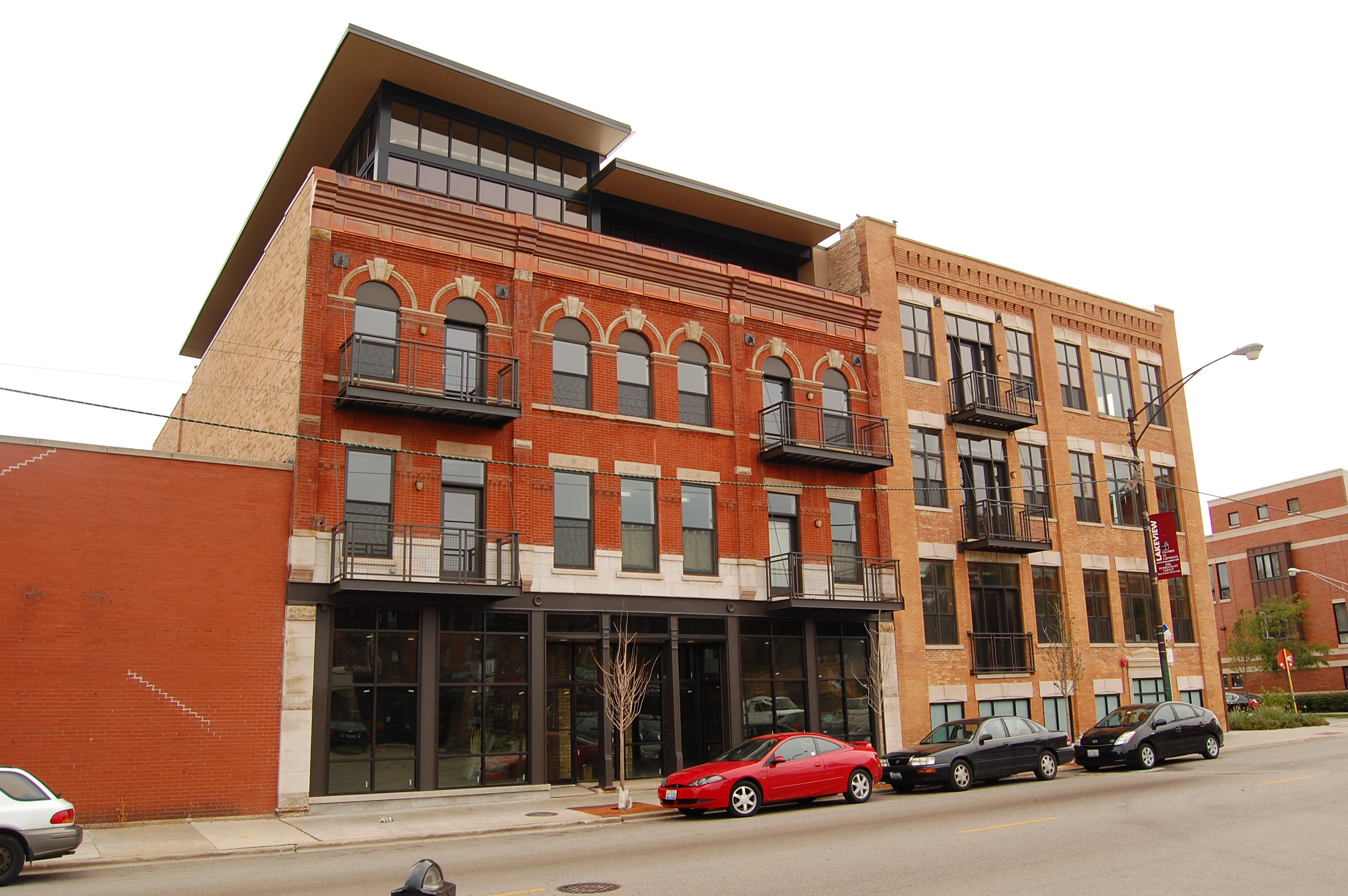 "Be a ""Good Neighbor"" at award-winning loft projects in Lake View and Avondale"