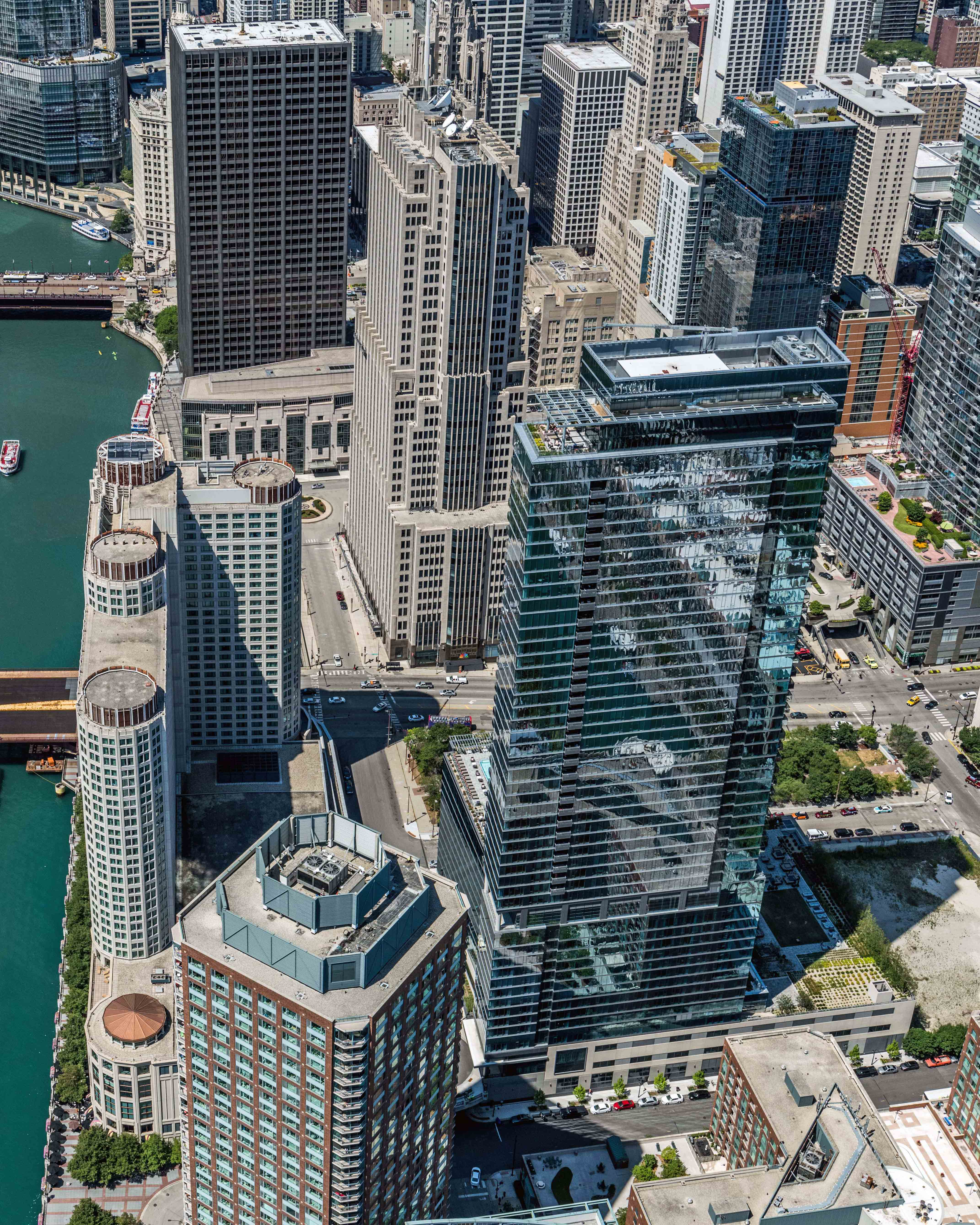 North Water Apartment Tower Is A Sleek Streeterville