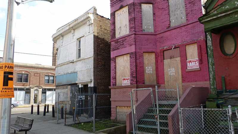 Number of new foreclosure filings plummets