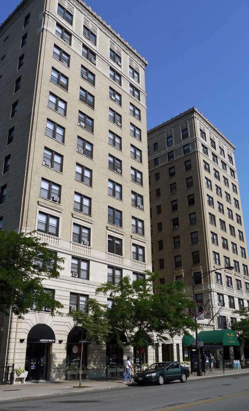 2850 North Sheridan apartments, 2850 N Sheridan Rd, Lakeview
