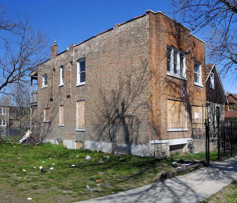 A stolen porch in Humboldt Park