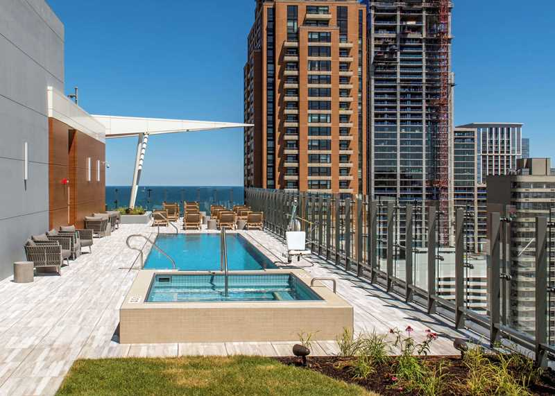 Eleven40 pool deck, Chicago