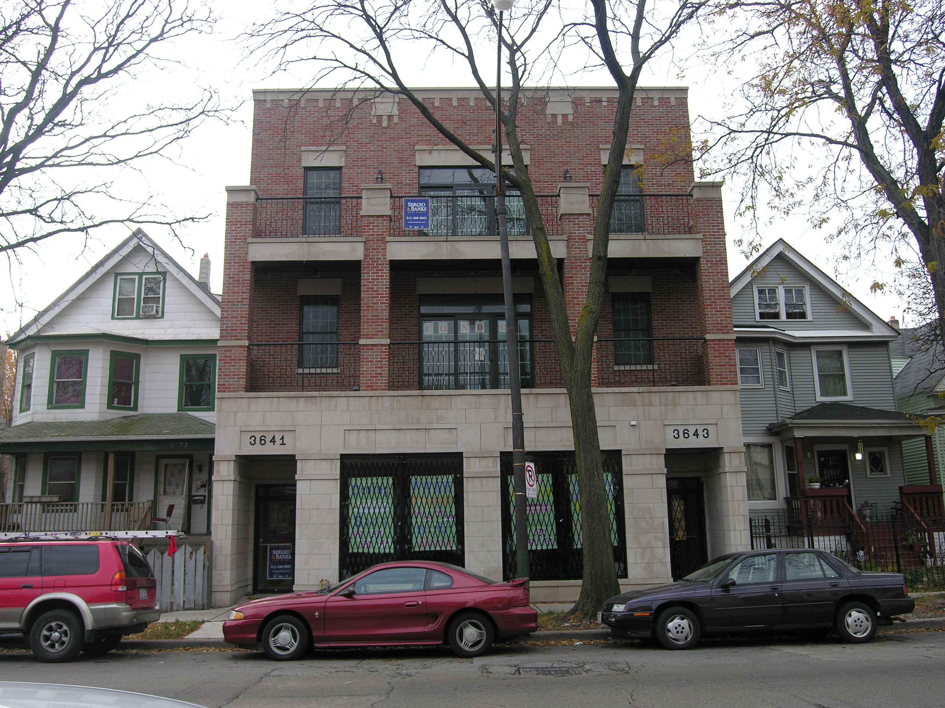 3641 W Belmont Ave