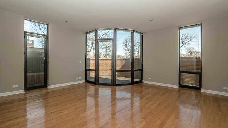 Lincoln Park and Lakeview apartment deals and finds