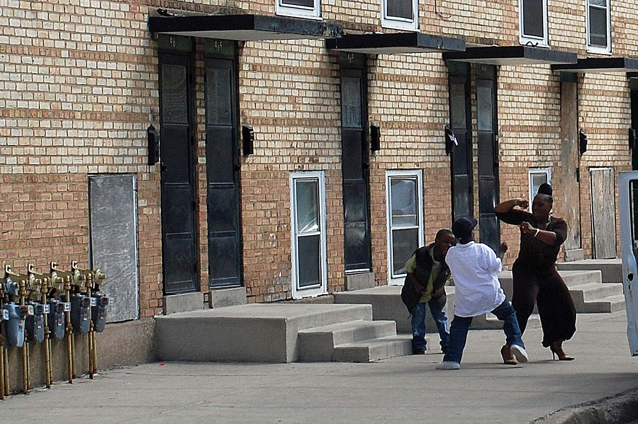 Cha Issues Relocation Notices To Cabrini Rowhouse Residents