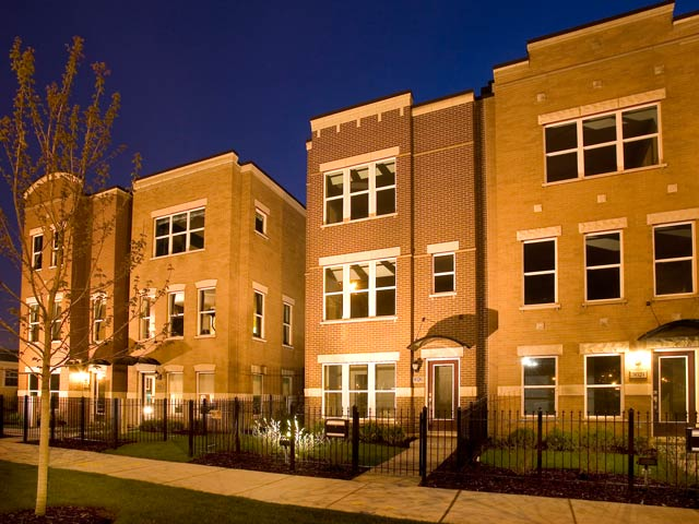 "Lexington Homes offering ""totally awesome extras"" on select Bridgeport townhomes"
