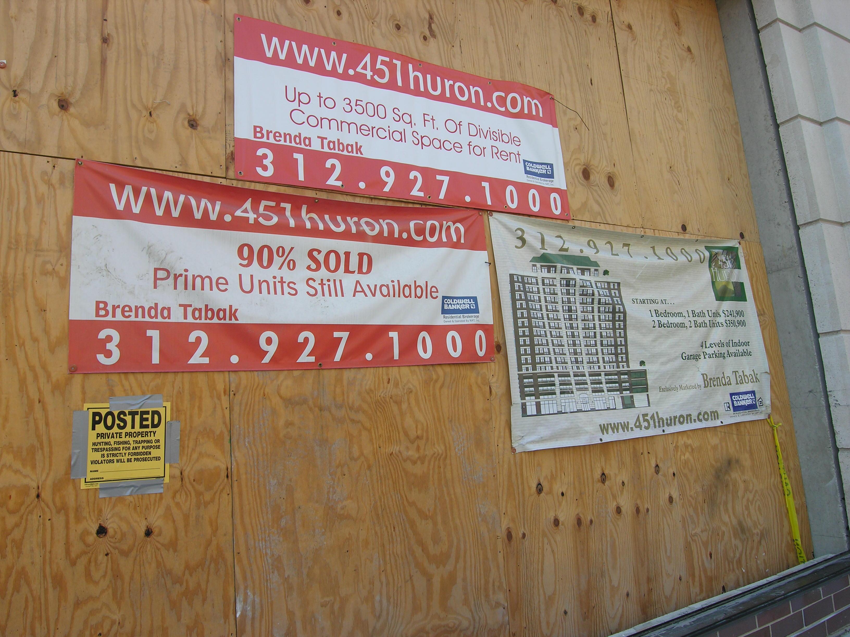 451 W Huron St sign