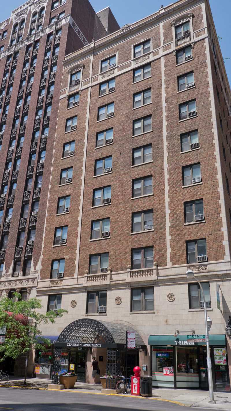 1036 North Dearborn apartments, Gold Coast