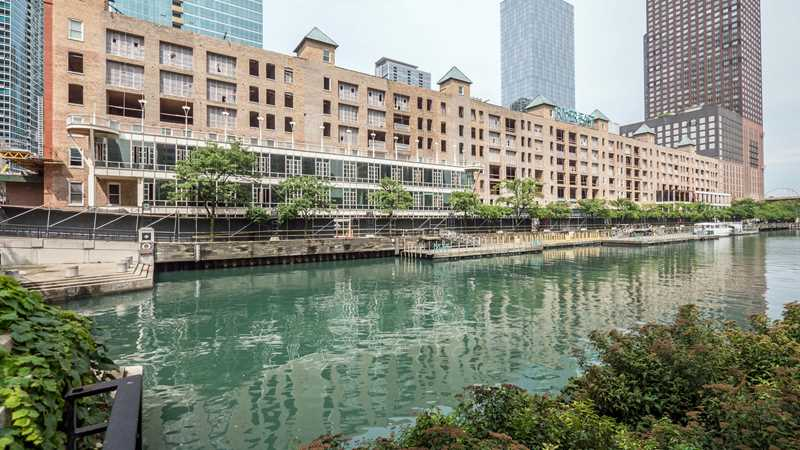 Old Town, River North, Streeterville and Gold Coast apartment deals and finds