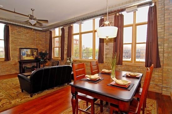 18 lofts still available at 3133 Lakewood
