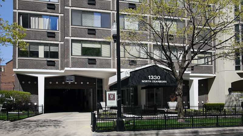 1330 North Dearborn apartments, 1330 N Dearborn Pkwy, Gold Coast
