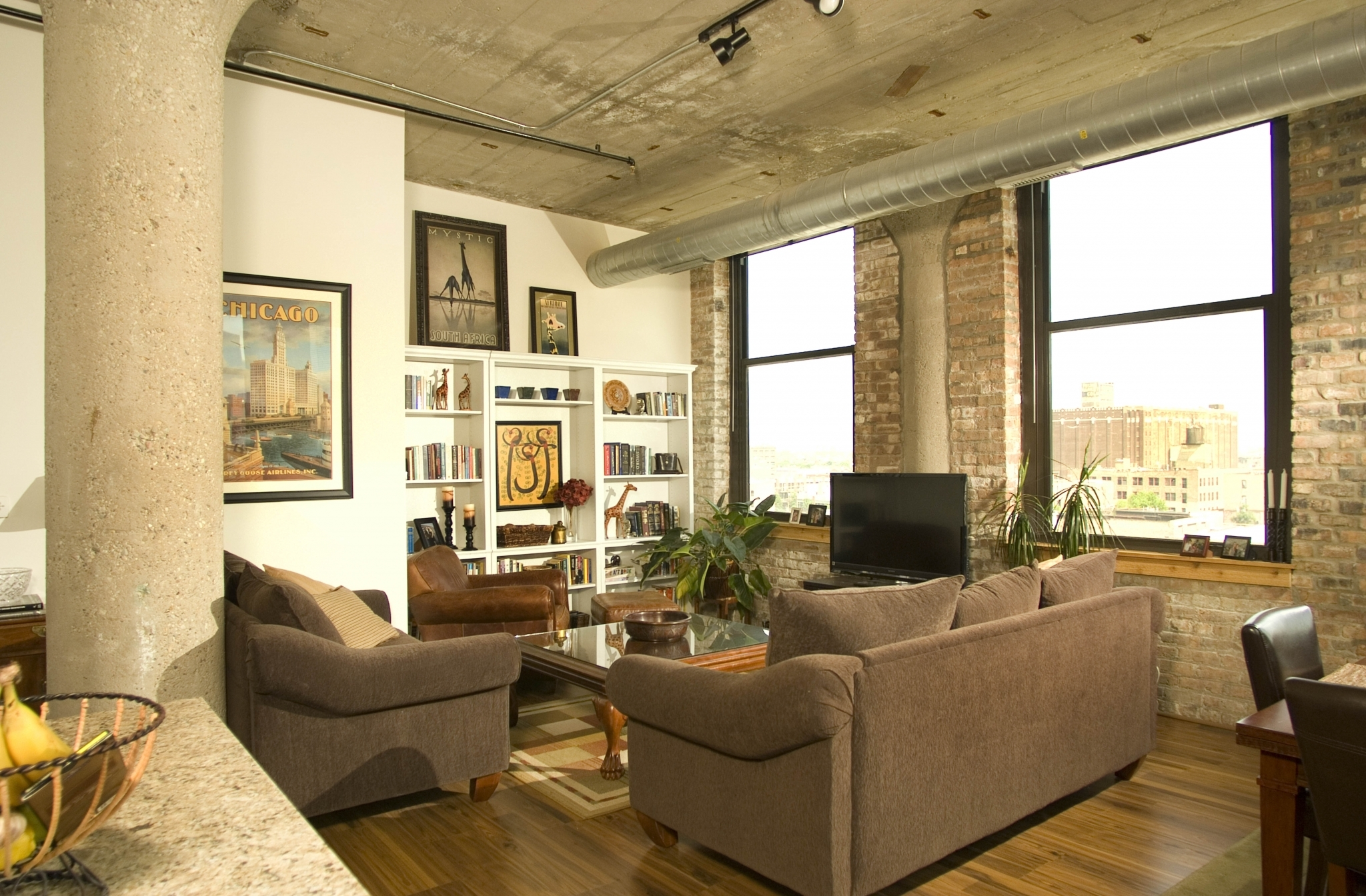 Stupendous Renovated Lofts And New Apartments In The Hot West Loop Home Interior And Landscaping Ologienasavecom