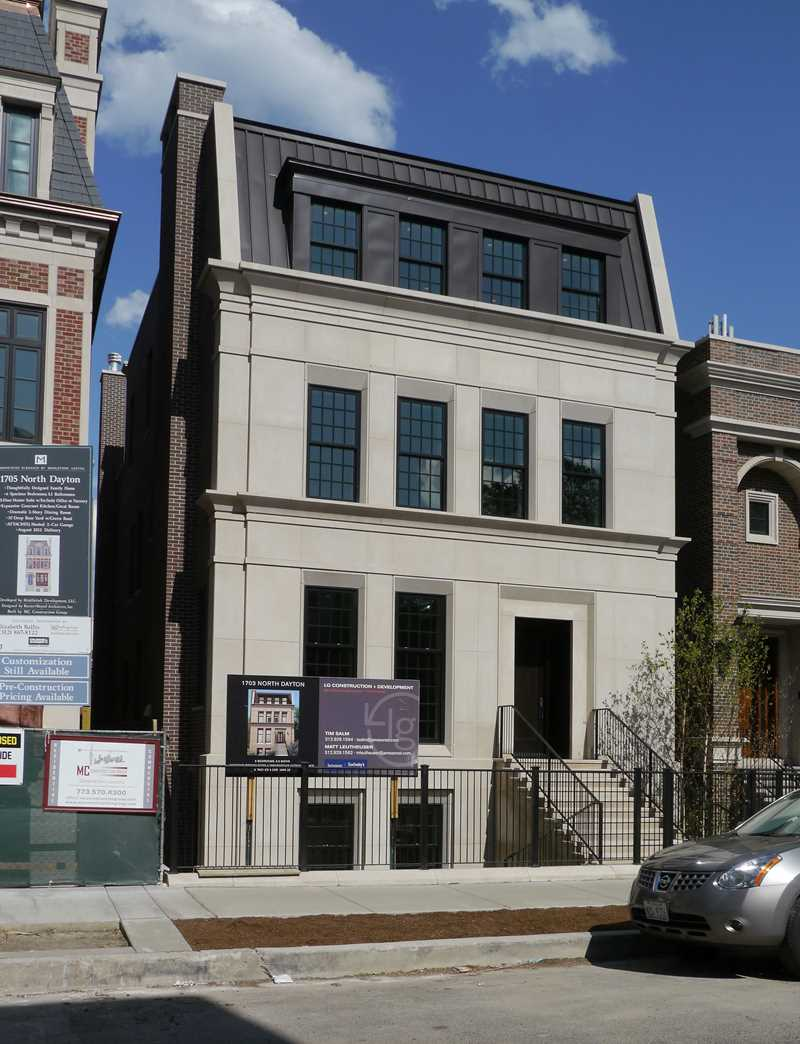 Are high-end Lincoln Park homes in high demand?