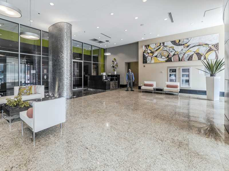 Today's deal – Pet-friendly, close-in South Loop apartments