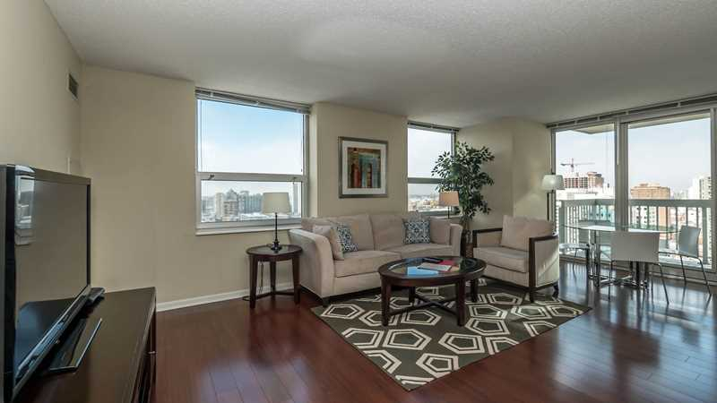 Short-term furnished rentals in Chicago high-rises