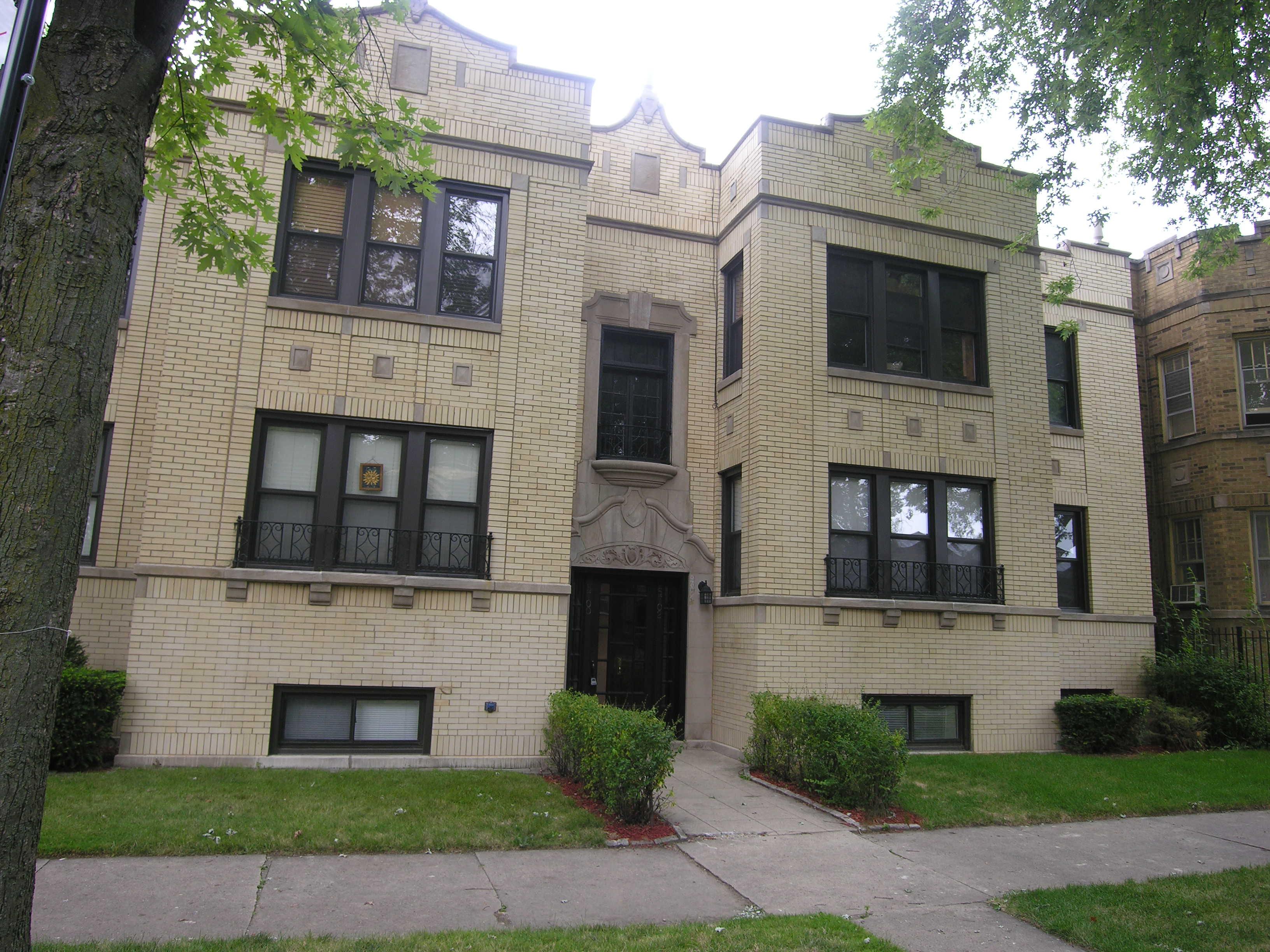 Maplewood Condominiums
