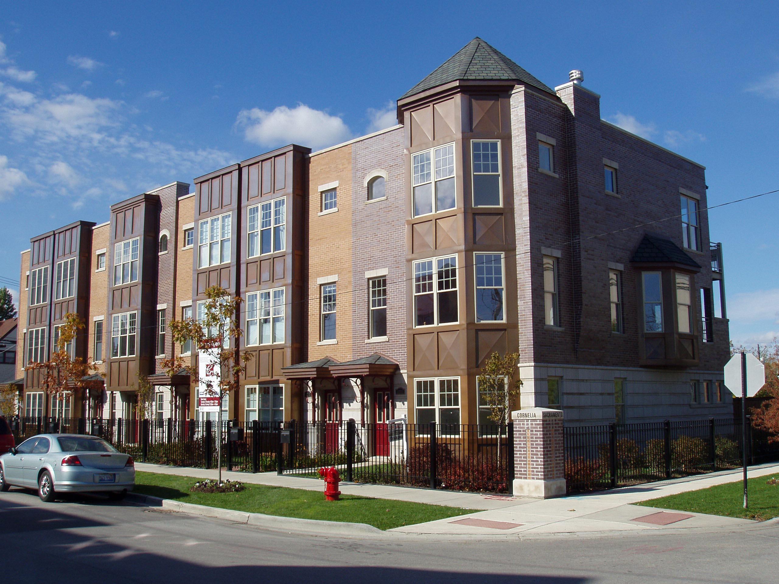 Cornelia Court, 3002 W. Cornelia Ave.